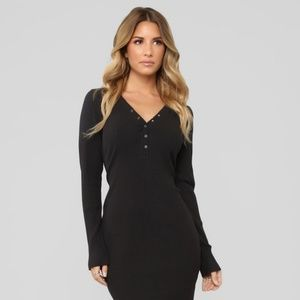 🌼3 for $35 Ribbed Henley Dress